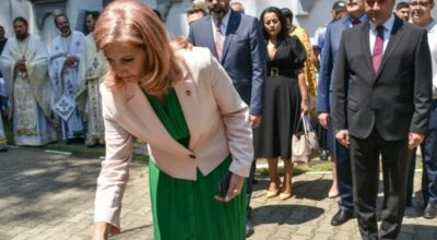 Cu smerenie şi onoare, am participat, astăzi, la manifestările dedicate Zilei Eroilor, alături de colegii mei parlamentari PSD Giurgiu